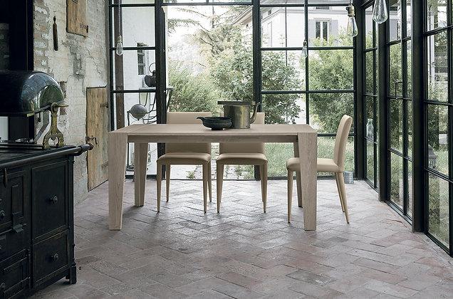 Итальянский обеденный стол Levante в современном стиле от фабрики Target Point