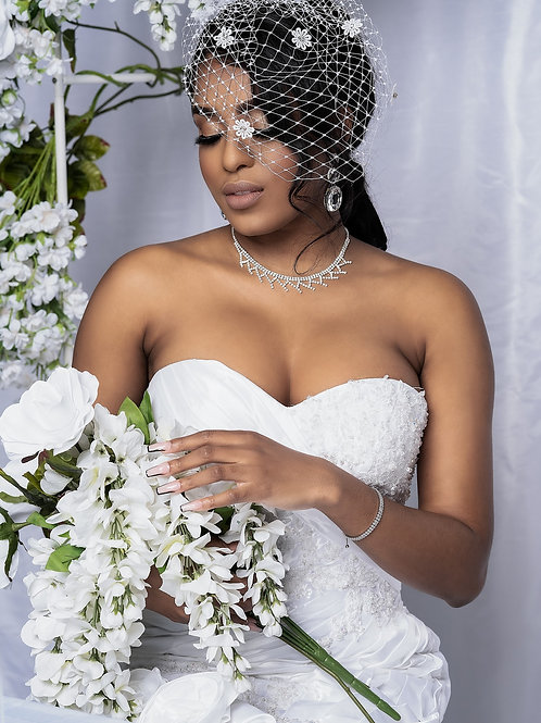 Floral Rhinestone Bridal Veil (White)
