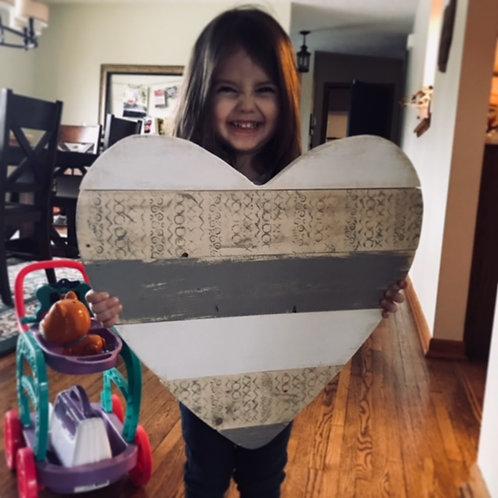 Oversized Pallet Heart