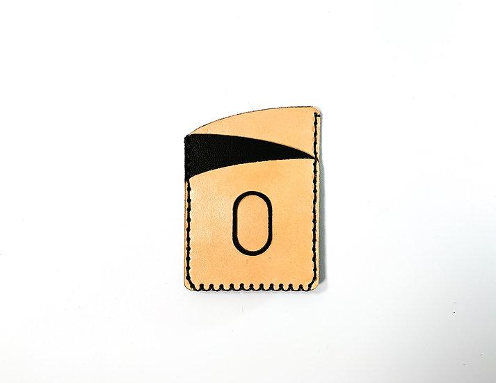 CURV Card (with airtag slot)