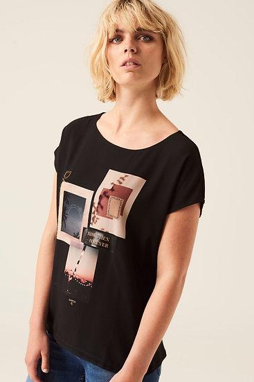 Tee-shirt noir avec impression