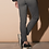 Thumbnail: Pantalon chino élastiqué avec impression