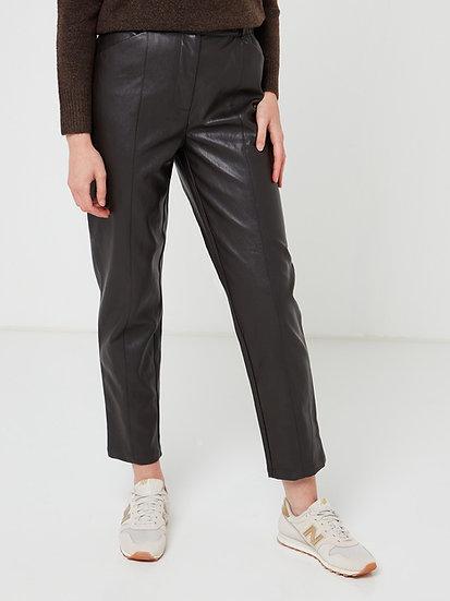 Pantalon faux cuir marron coupe carotte