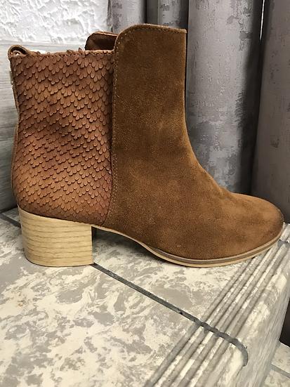 Boots en daim camel