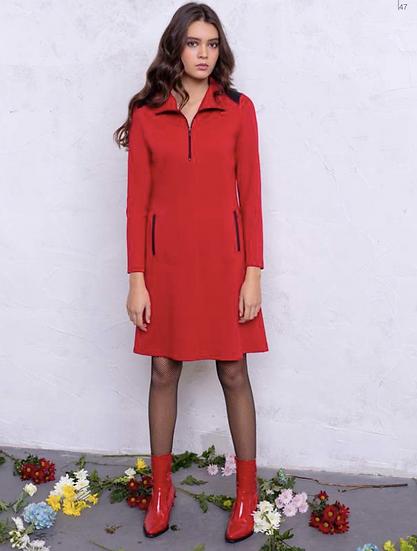 Robe sportswear rouge avec fermeture