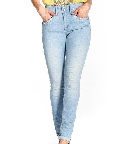 Jean skinny push in secret