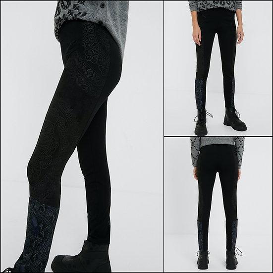 Pantalon imprimé animalier