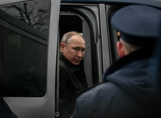 Россияне разрешили Путину обнулиться. Что дальше? Страну ждут сотни новых законов