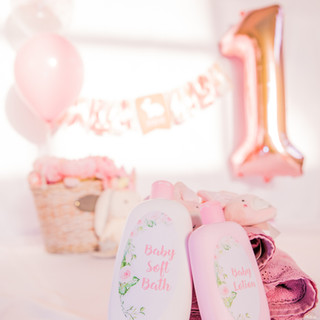 1st Birthday Party & Cake Smashing Sessions:  Details that last a lifetime!