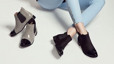 2 pares de zapatos de las mujeres