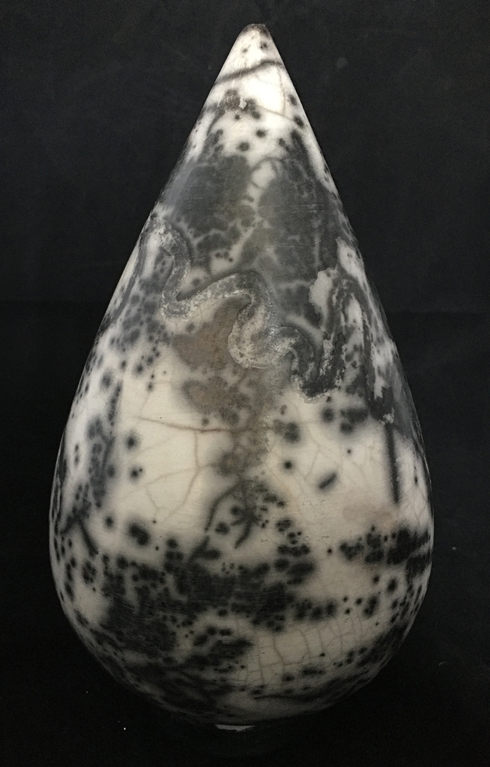 Black and white raku
