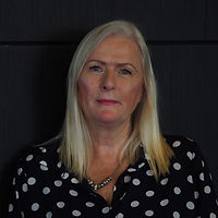 Karen-Murphy-7 Profile.jpg