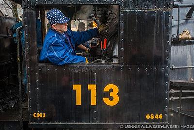 113 Dennis Livesey.jpg
