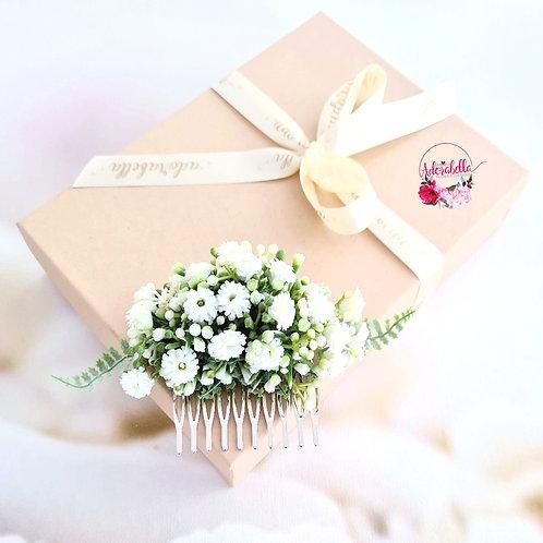 White Starburst Gypsophila Floral Comb