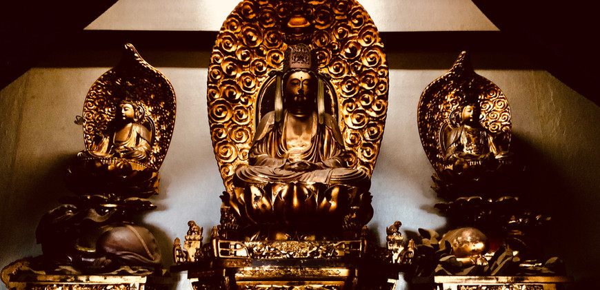 宝冠釈迦如来三尊仏
