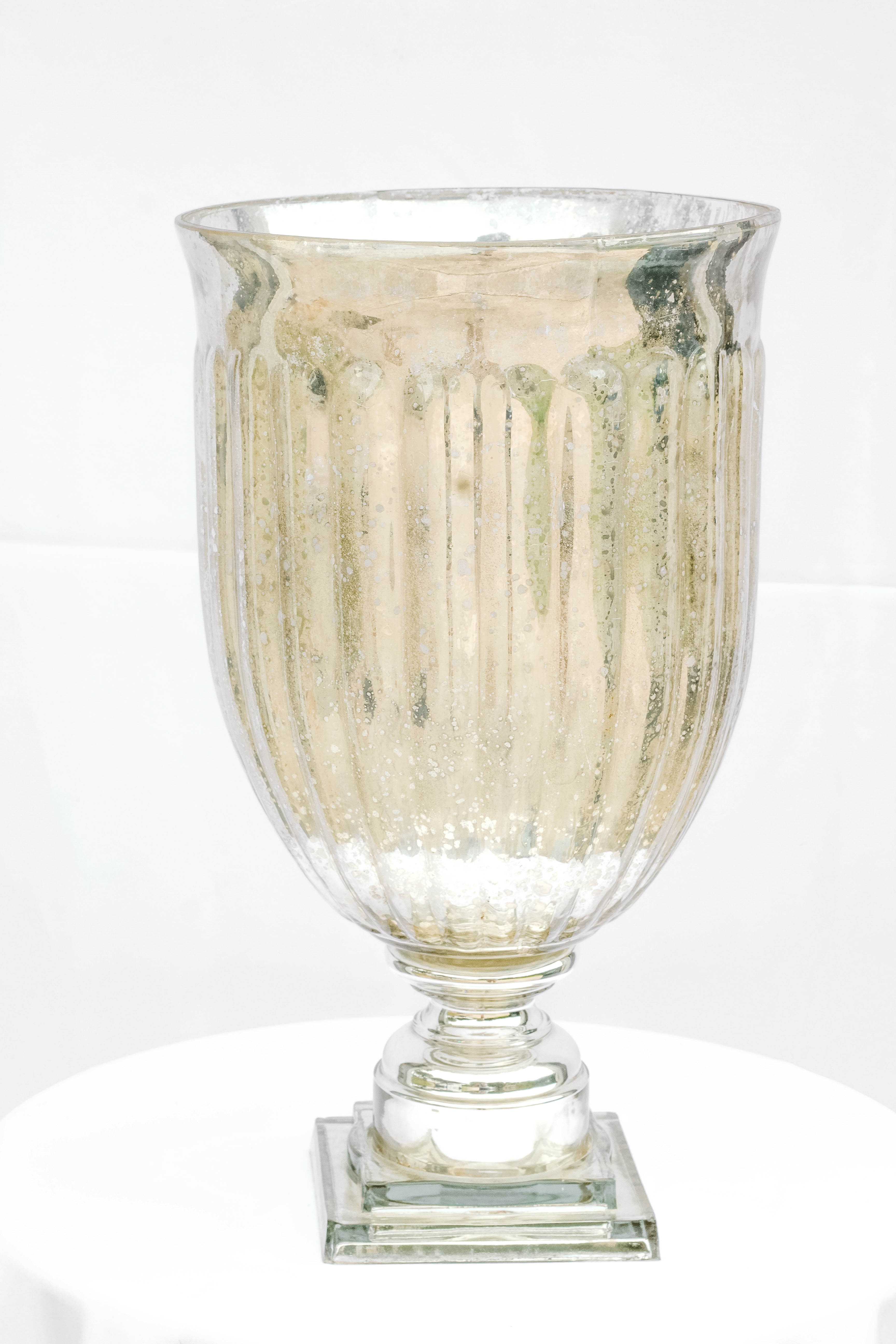 Large Mercury Urn