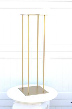 Gold Harlow Pedestal