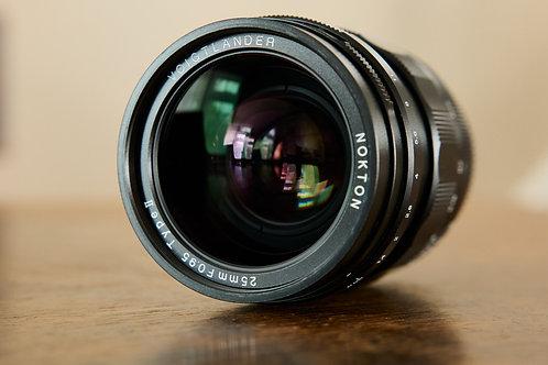 Voigtlander MFT 25mm f/0.95 II