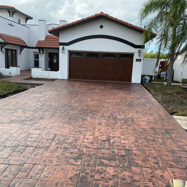 Terra Cotta - Ashlar Slate Stamp Pattern with Running Brick Border Stamp Pattern - Tampa, FL