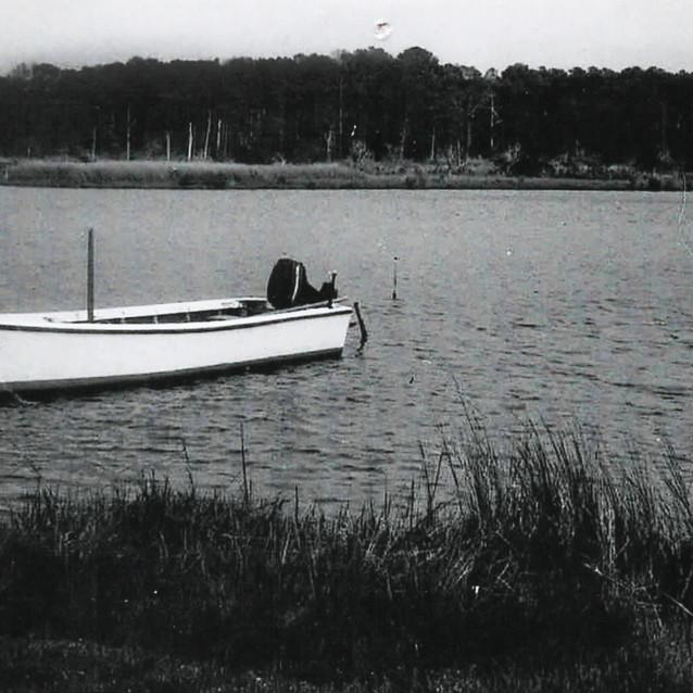 Fishing Boat at McCready.jpeg