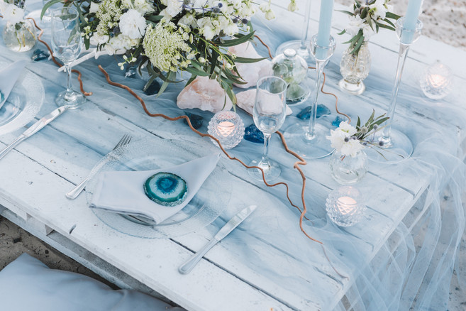 Elegant table setup in blue pastels for