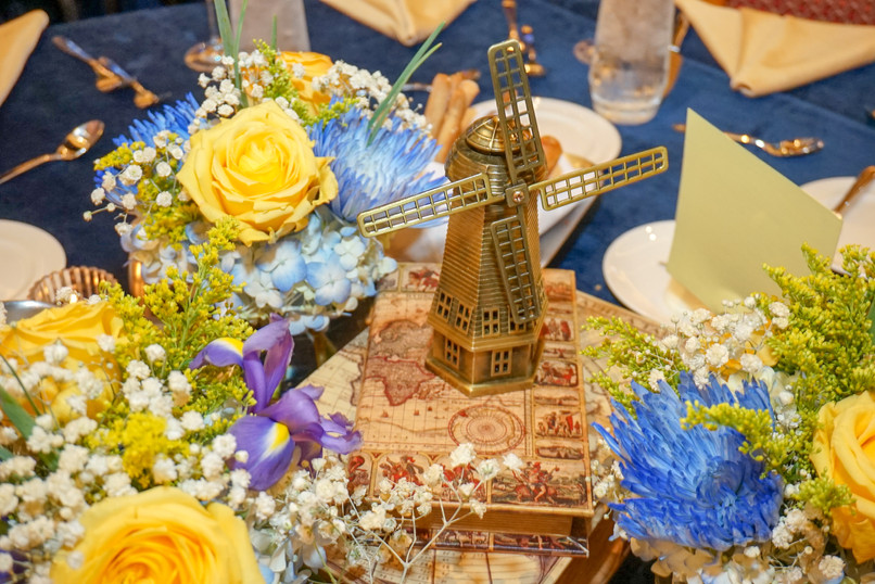 Windmill Centerpiece