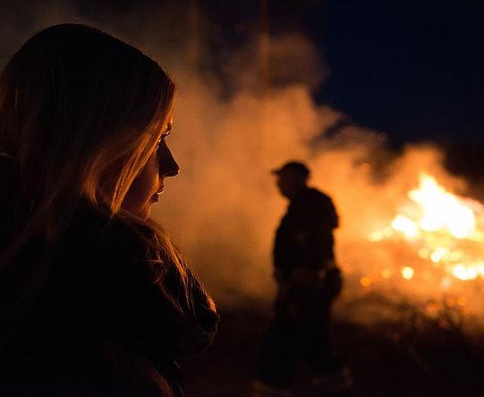 woman-female-fire-flames.jpg