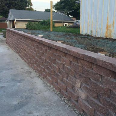 driveway retaining wall