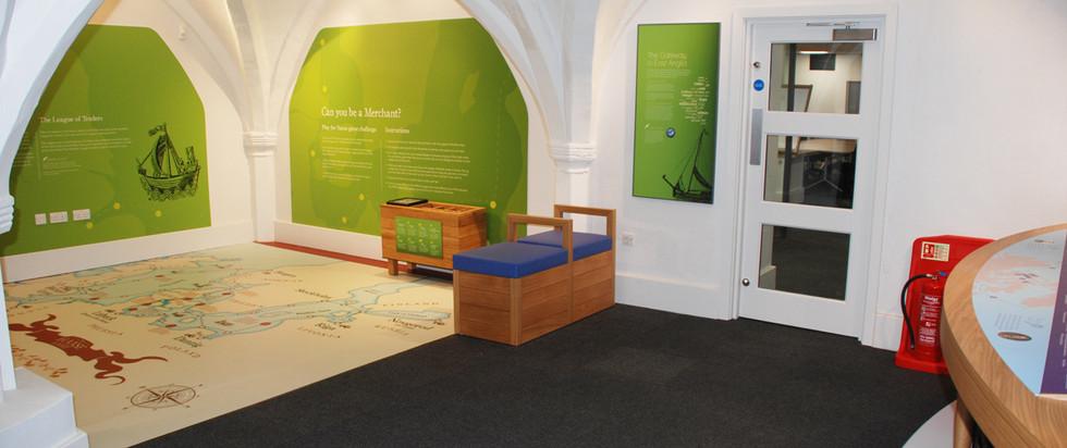King-Lynn-Town-Hall-Interior-Displays-Hi