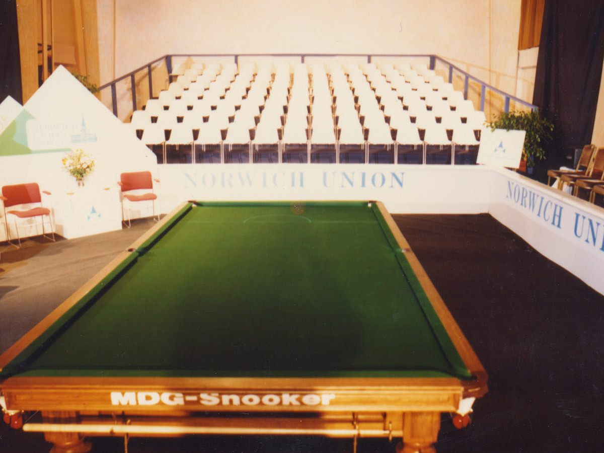 1-snooker-table.jpg