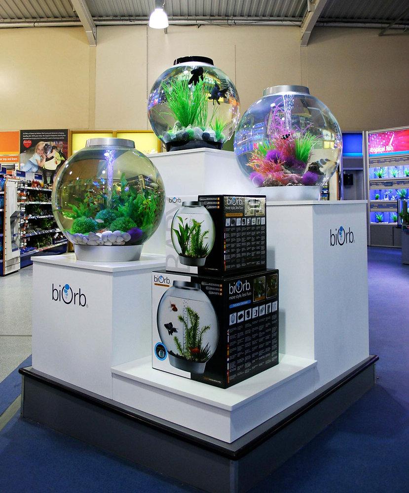Aquarium-Pet-Shop-Pop-Up Display-Area