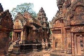Banteay_Srei_Cambodge.jpg