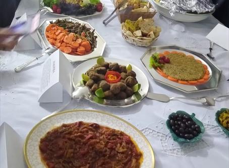 Embaixador da Argélia recebe jornalistas para apresentar a culinária de seu país