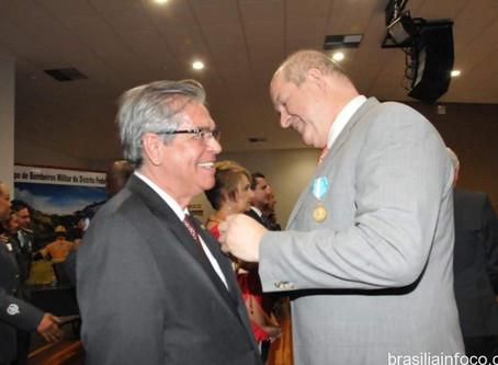GDF Condecora o jornalista e Cônsul Honorário da Belarus no Brasil Sr.Milton Atanazio