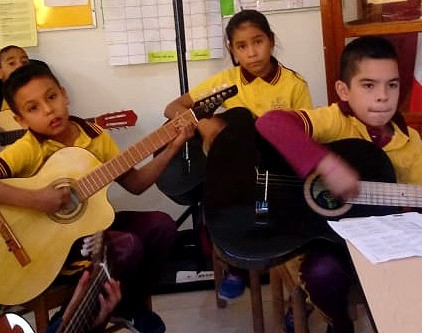 Quálitas apoya a Tewecado en Tarahumara