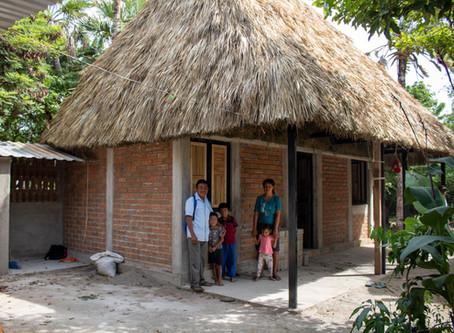 Entrega de casas ITESO en Oaxaca