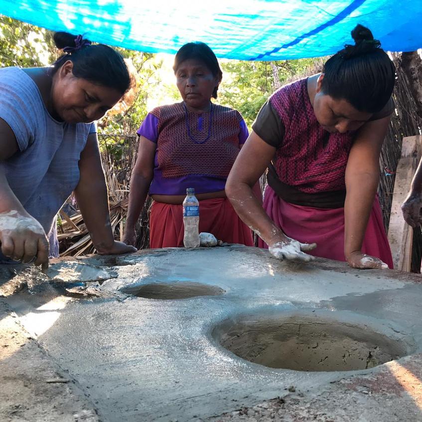 comixcales (estufas tradicionales)