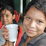 Aceituno girls with cups of water.jpg