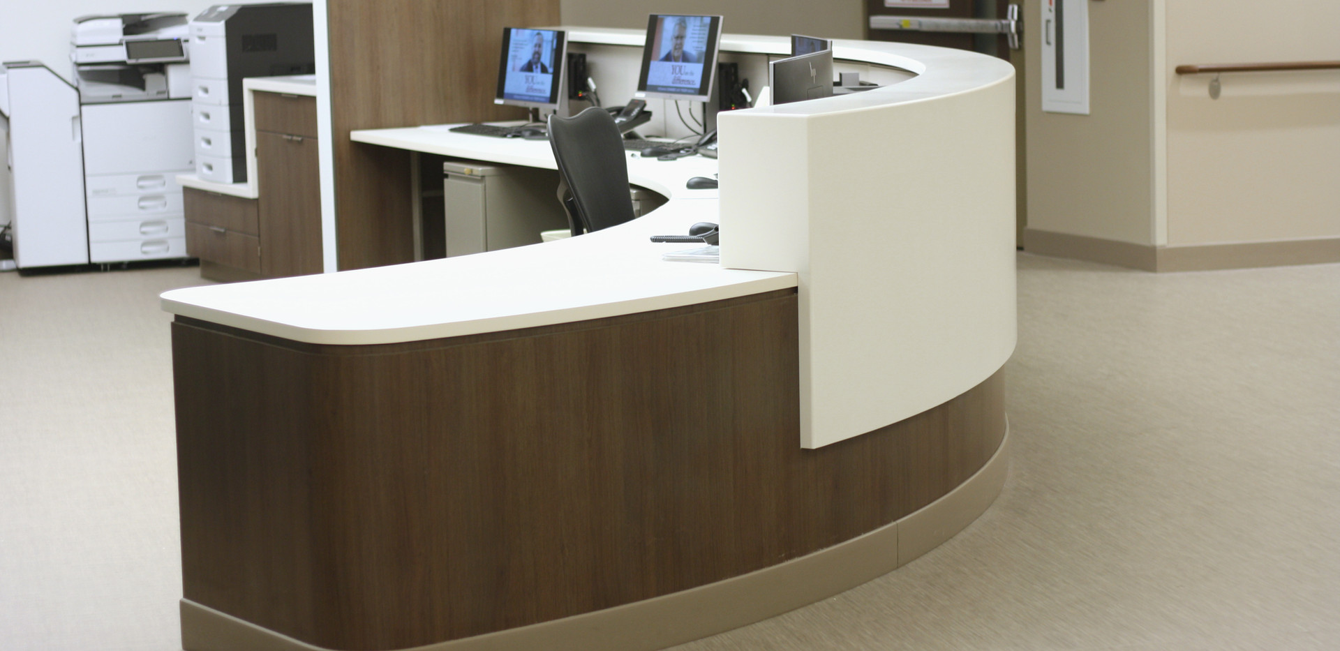 reception_desk_corian_stainless8.JPG