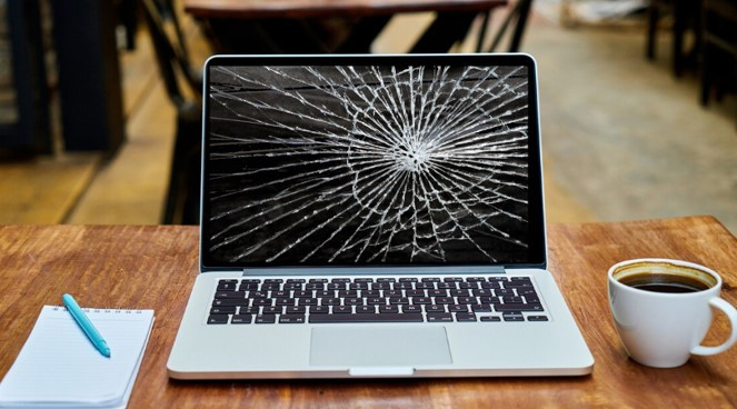 Replace your damaged laptop screen
