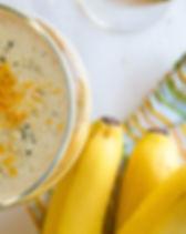 Banana-smoothie-with-turmeric19.jpg