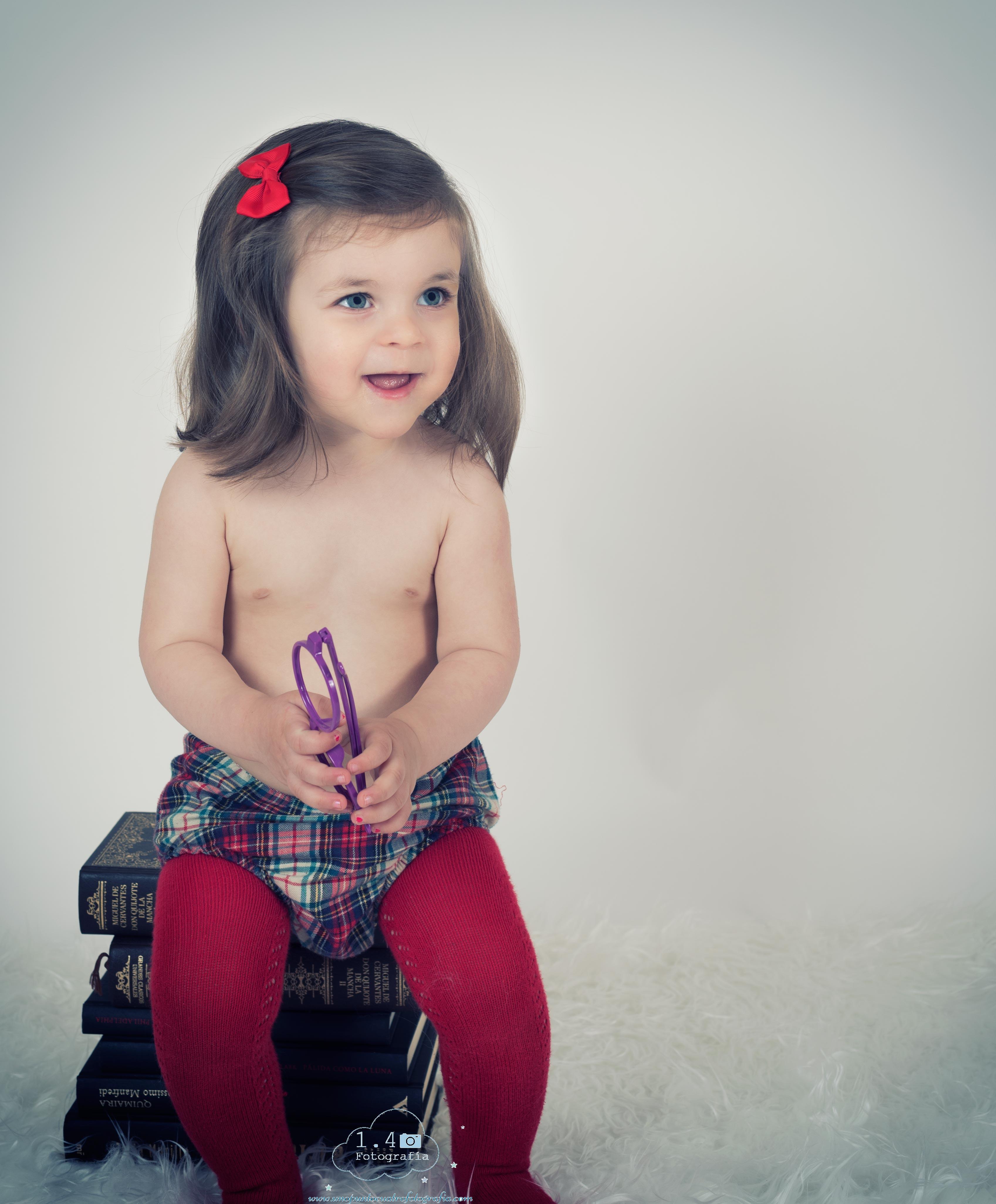 Sesión de fotografía infantil en Pontevedra de uno punto cuatro fotografía