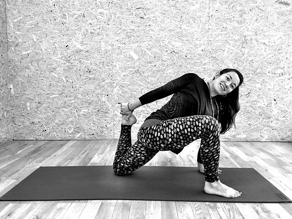 Yoga Pose Twisted Monkey Lunge