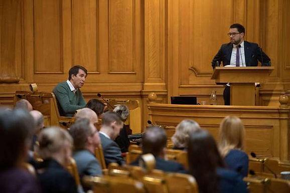 Sofia Mirjamsdotter: Upp-och-nervända världen när SD är de enda som vill stoppa inskränkningar i pressfriheten