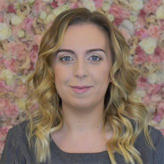 Shauna Smyth Queen of Nails Luminous Tones Top Nail Technician and Beaty Therapist