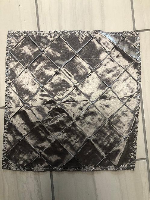 17x17 Silver Pintuck taffeta napkin / 50 qty packs