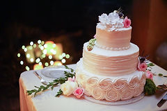 wedding cake topanga rosettes