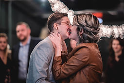 women kissing lgbtq weddings
