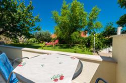 Villa Nona's terrace and garden