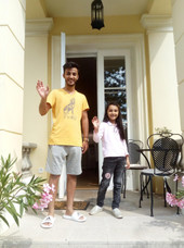 Happy Guests infront of the Graden View Apartment